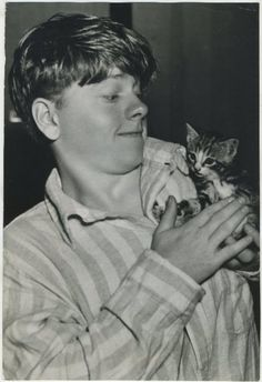 a young mickey rooney and friend