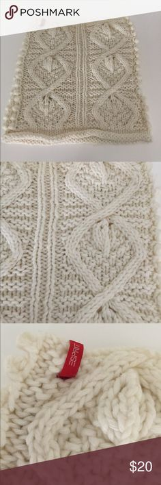 Esprit Esprit beige infinity neck wrap. Nice detailed knit-work. Perfect for the cooler weather. Great condition. No tears or flaws. Regular wear. Esprit Accessories Scarves & Wraps