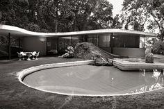 Oscar Niemeyer's Casa das Canoas, Rio de Janeiro, 2011. Photo © Olaf Heine. http://www.yatzer.com/brazil-olaf-heine-teNeues