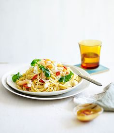 Australian Gourmet Traveller fast recipe for spaghettini with crab, chilli and rocket.