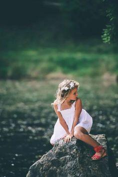 flower girl. August Wedding, Flowers, Photography, Photograph, Royal Icing Flowers, Flower, Fotografie, Florals, Bloemen