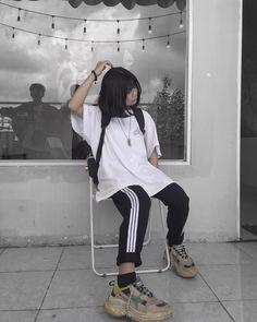 chua cai cu cac djt me :) Lazy Outfits, Teen Fashion Outfits, Swag Outfits, Korean Outfits, Retro Outfits, Vintage Outfits, Cool Outfits, Casual Outfits, Urban Fashion