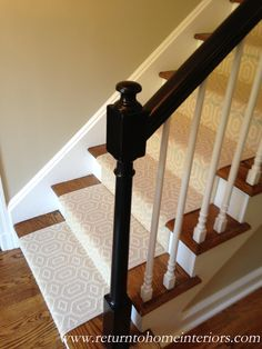 Choosing a Stair Runner: Some Inspiration and Lessons Learned This is a Stanton carpet called Fillmore in Linen paired with a black lacquered bannister! Hallway Carpet Runners, Cheap Carpet Runners, Carpet Stairs, Wall Carpet, Stair Runners, Staircase Runner, Grey Carpet, Rug Runners, Stair Plan