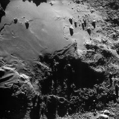 Enhanced NAVCAM image of Comet 67P/C-G taken on 17 August 2016, 13.9 km from the nucleus. The scale is 1.2 m/pixel and the image measures 1.2 km across. Credits: ESA/Rosetta/NAVCAM – CC BY-SA IGO 3.0