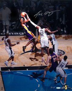 Kobe over Dwight Howard