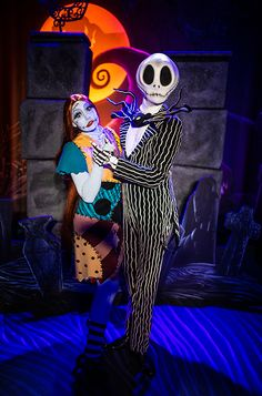 A Duo of Delightfully Dead Halloween Parties - Walt Disney World Tickets, Disney World Rides, Walt Disney World Vacations, Disney Trips, Disney Parks, Disney Halloween, Scary Halloween, Halloween Party, Disney Tourist Blog