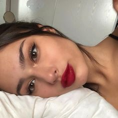 most soft smokey eye makeup ideas for prom and wedding 18 ~ thereds.me most soft smokey eye makeup ideas for prom and wedding 18 ~ thereds. Makeup Trends, Makeup Inspo, Makeup Inspiration, Red Lip Makeup, Smokey Eye Makeup, Skin Makeup, Makeup Brushes, Winged Eyeliner, Burgundy Makeup