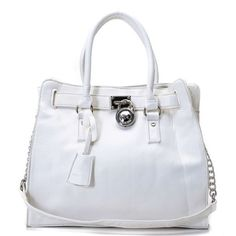 Michael Kors Saffiano Leather Large White Totes Are High Quality And Cheap Price! Michael Kors Sale, Handbags Michael Kors, Michael Kors Hamilton, Gucci Purses, Chanel Handbags, Women's Handbags, Leather Handbags, Mk Bags, Tote Bag
