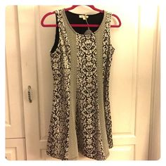 Anthropologie Hem And Thread Tunic size large NWT Gorgeous floral brocade Hem and Thread Tunic size large. As sold on Anthropologie. New with tags, never worn. Anthropologie Tops