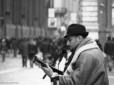 Singing the blues (2015) Piazza Carignano
