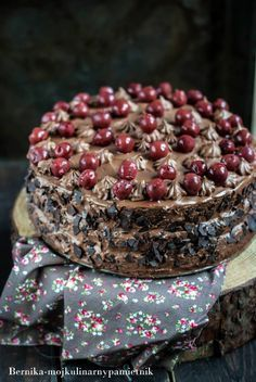 Cake with carrot and ham - Clean Eating Snacks Fruit Recipes, Sweet Recipes, Baking Recipes, Cherry Cake, Sour Cherry, Custard Cake, Different Cakes, Gingerbread Cake, Salty Cake