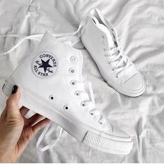 Find More at => http://feedproxy.google.com/~r/amazingoutfits/~3/v-B8-6VUl-g/AmazingOutfits.page Converse High, High Top Sneakers, Chuck Taylors High Top, Chuck Taylor Sneakers, High Tops, Trainers, Vans, Footwear, Key