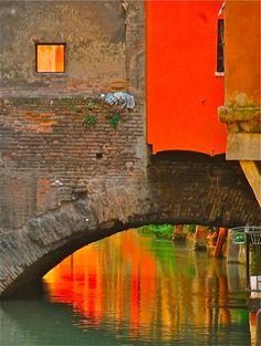 Bologna, una città bagnata da fiumi... tutta da scoprire...  Www.lagaianabeb.it