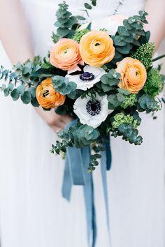 #brautstrauß #bouquet Es braucht nicht viel, um zu heiraten! Eine Boho Waldhochzeit | Hochzeitsblog - The Little Wedding Corner