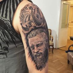 Os upper arm tattoo or calf more painful | Photo by (mairastner) on Instagram | #bertltattoos #bertlukassteiner #highfrequencytattoos #tattoo #tattoograz #upperarmtattoo #vikingtattoo #viking #vikings #ragnar #ragnarlothbrok #vikingship #raven Upper Arm Tattoos, Ragnar Lothbrok, Calf Tattoo, Viking Tattoos, Vikings, Instagram, Ink, Pictures, The Vikings