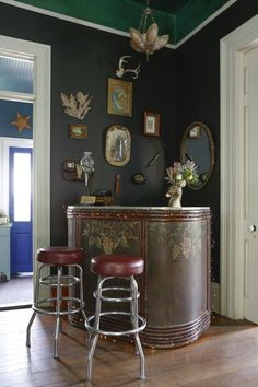 Bar design: The Beautifully Strange World of Miranda Lake http://www.apartmenttherapy.com/miranda-lakes-curious-collections-house-tour-204899#gallery/47484/17