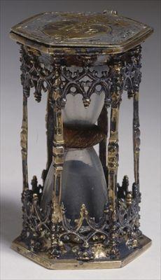 German gilt-silver hourglass, c1506 (Germanisches National Museum, Nuremberg, Germany)