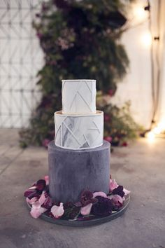 marble and stone inspired wedding cake