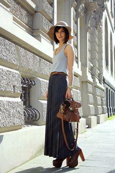 maxi skirt & jersey top