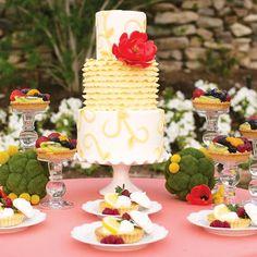 mesa coral e amarela, mesa casamento, mesa decoração casamento, mesa posta, como colocar a mesa, primavera, pink, yellow tablescape