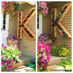 diy outdoor monogram planter by Ellery Designs on @Remodelaholic