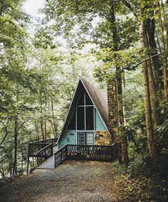 Just close your eyes and imagine you're in a tiny cabin in the woods. Tiny House Cabin, Tiny House Living, Cabin Homes, A Frame House Plans, A Frame Cabin, Cozy Cabin, Cozy Cottage, Cabin In The Woods, Cabins And Cottages