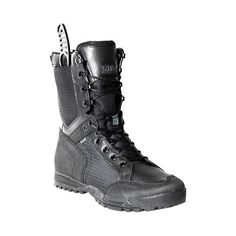 Tactical RECON Urban Boot luv it and love the built in sheath Tactical Wear, Tactical Clothing, Tactical Survival, Survival Gear, Survival Skills, Survival Quotes, Tac Gear, Military Gear, Cool Gear