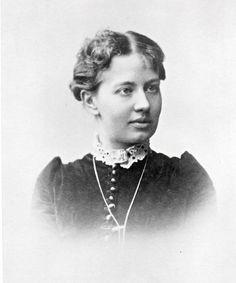 La primera matemática rusa mujer de relevancia para la ciencia matemática, responsable por importantes contribuciones originales en análisis, ecuaciones diferenciales y mecánica. La primera mujer con un puesto como profesora universitaria en el norte de Europa.