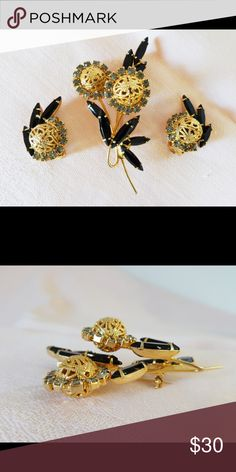 """1963 JULIANA Filigree Ball Brooch & Earrings Seen on pg. 68 of """"Juliana Jewelry Reference"""" by Ann Pitman. Set features skinny black glass navettes & gold tone filigree balls encircled w pale gray chatons. 3"""" x 1 3/4"""" brooch is dimensional by means of a layered wire-over. Clip earrings are 1 1/8"""" x 5/8"""". All pieces are perfect! Vintage Jewelry Brooches"""