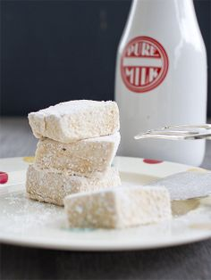 Salted Caramel Marshmallows from Spicy Icecream