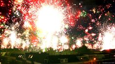 Datavisualization of fireworks exploding above the city of Utrecht on New Year's Eve. An accumulated time-lapse of the view from our roof top, compressing 18 minutes of footage into barely 50 seconds. http://www.vizualism.com/happy-new-year-accumulated-timelapse-fireworks/