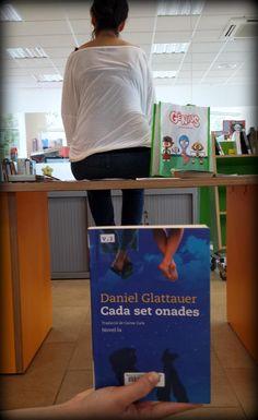 "#bookfacefriday ""Cada set onades"" de Daniel Glattauer"