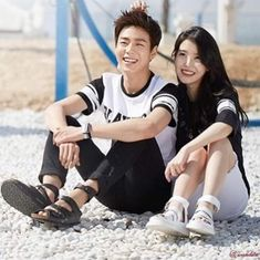 IU and Lee Hyun Woo for Union Bay 2015 Summer Collection Lee Hyun Woo, Kpop Fashion, Korean Fashion, Korean Photo, Kim Tae Hee, Korean Couple, Ulzzang Couple, Asian Celebrities, Fashion Couple
