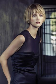 Today we have the most stylish 86 Cute Short Pixie Haircuts. Pixie haircut, of course, offers a lot of options for the hair of the ladies'… Continue Reading → Short Bob Hairstyles, Cool Hairstyles, Short Hair Cuts, Short Hair Styles, Pelo Pixie, Straight Bangs, Blunt Bob With Bangs, Pixie Haircut, Great Hair