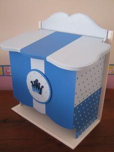 Pañalera Fibrofacil Con Tapa-caja Pintada A Mano - $ 270,00 en MercadoLibre Pintura Country, Arte Country, Stencil, Pallet, Toy Chest, Storage Chest, Baby Gifts, Woodworking, Nursery
