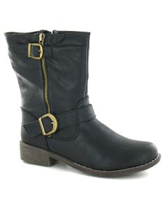 Get your vegan boots ready for the winter - http://www.theallanimalvegan.com/2013/10/vegan-fashion/