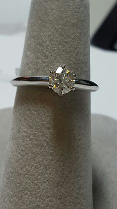 Sell Your Diamond Rings Online! Free Quotes and Free Shipping! www.LuxuryBuyers.com