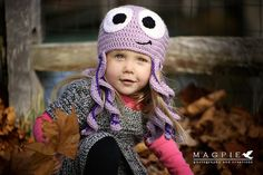 Doesnt this hat just make you want to wiggle?! This octopus hat is perfect for the toddler in your life who cant stop moving! Great for adults,