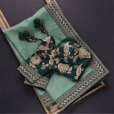 Blouse Back Neck Designs, Fancy Blouse Designs, Blouse Neck, Wedding Saree Blouse Designs, Wedding Sarees, Wedding Saree Collection, Lehenga Collection, Saree Blouse Patterns, Organza Saree