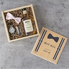 The Best Man Gift Box is the perfect gift for the top guy in your wedding. A crafty keepsake large enough to hold a flask and other gifts, the box feature Groomsmen Gift Box, Groomsmen Proposal, Bridesmaid Proposal, Groomsman Gifts, Groomsmen Presents, Groomsmen Gifts Unique, Special Gifts For Him, Wine Gift Baskets, Sugar Scrub Diy