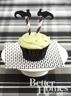 Witch Cupcakes {striped straws as legs!} Love this!