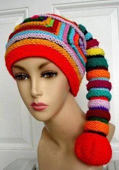 Renkli örgü bayan bere modeli