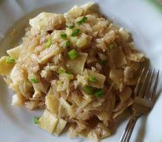 Domáce fliačky s kapustou (fotorecept) - recept | Varecha.sk Risotto, Grains, Rice, Pasta, Ethnic Recipes, Food, Noodles, Meal, Eten