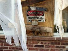 diy haunted house ideas and props | ... Decorations: Easy DIY Haunted House Tips and Instructions! - ABC News