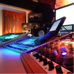 Studio Audio Mastering, Restoration Services, Mansions, House Styles, Studios, Inspiration, Home Decor, Biblical Inspiration, Decoration Home
