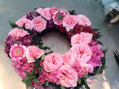 Kransen med rosa. :)