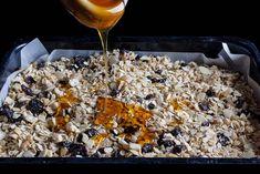 Δεν σας αρέσει το μούσλι για πρωινό; Δεν έχετε χρόνο; Σας έχουμε την τέλεια διατροφική συνταγή με σημείο αναφοράς την γκρανόλα! Είναι...