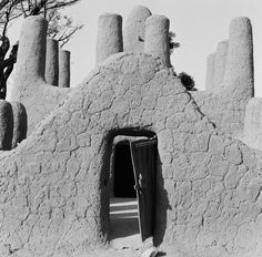 Sudano-Sahelian Architecture    Indigenous architectural style common to Islamized West Africa    Dogon Country, Mali