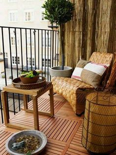 Balony Deck Decor Idea