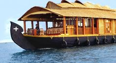 #ButterflyCruise, #Alleppey is a beautifully carved #houseboat which displays cozy interiors with inviting ambiance. Rooms which have been designed according to new age interiors are appointed with useful #amenities for a pacifying stay. #cruise #kerala #travel #holiday #travel #ttot #houseboats